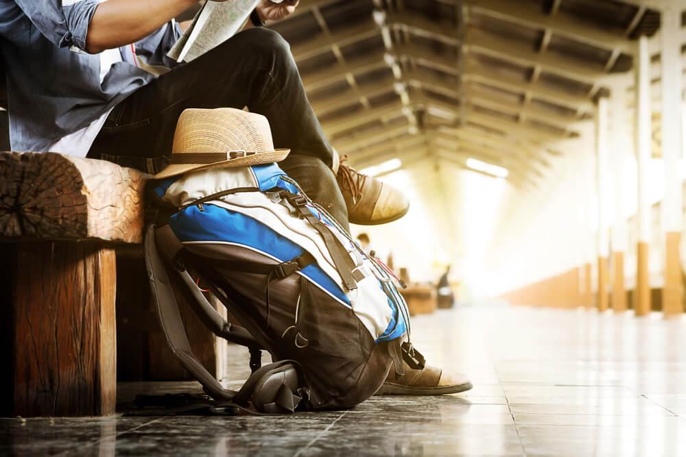 How to travel like a minamalist and save money