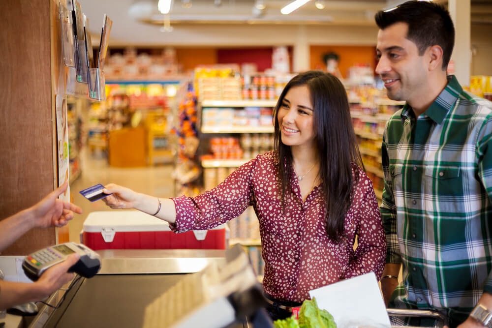 Why you must prefer credit card over debit card for your daily expenses